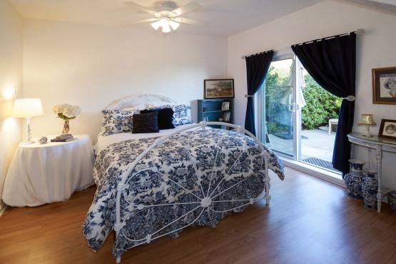 Bedroom DSC_1780