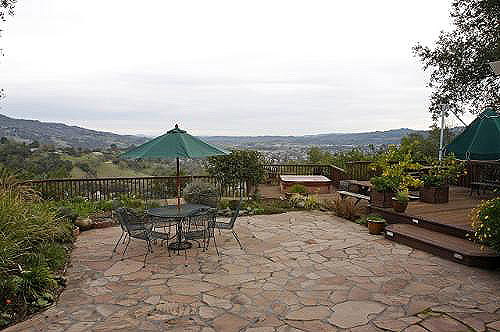Cloverdale Ranch Style Home For Sale