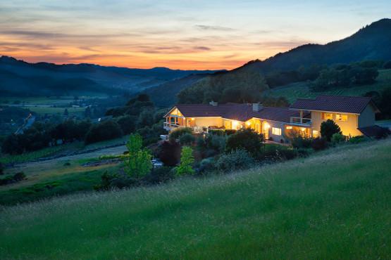 Extraordinary Bennett Valley Estate