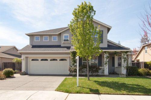 Cloverdale Family Home Near Furber Park
