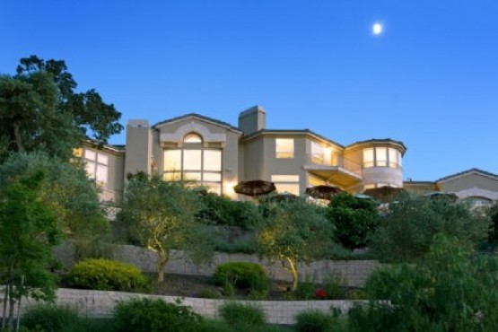 Prestigious Skyfarm Panoramic View Estate