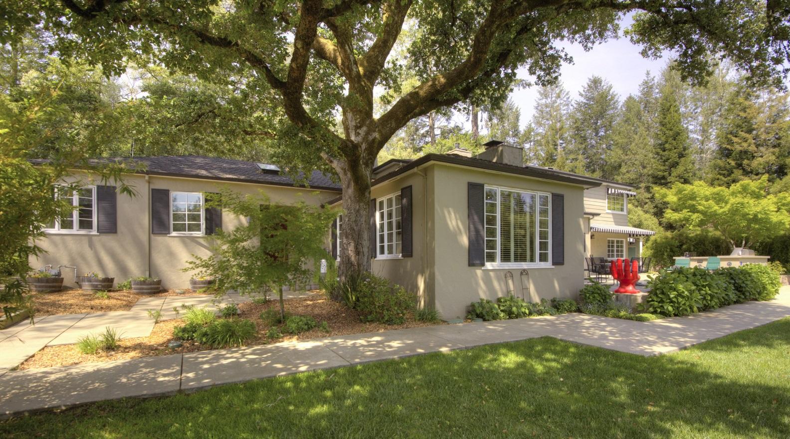 Alta Vista Heights Family Compound - Doug Swanson RE