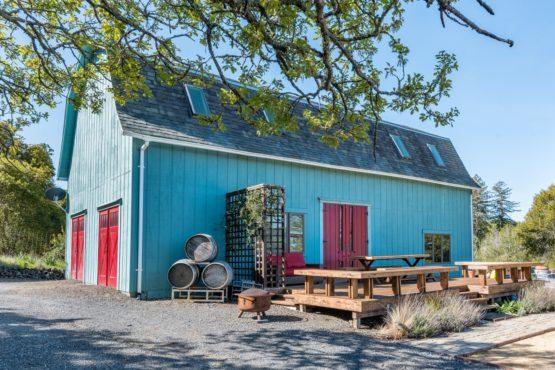 Barbed Oak Vineyard Estate