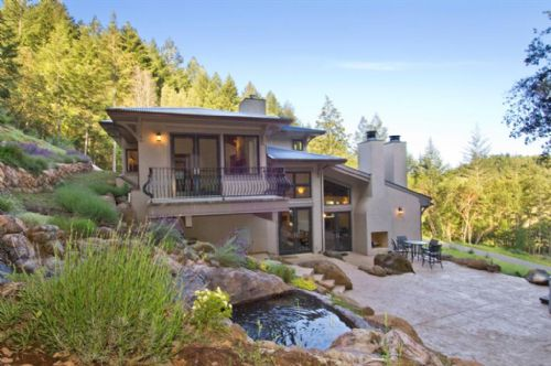 Saint Helena Foothills Estate